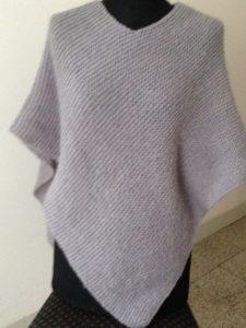 poncho in lana grigio